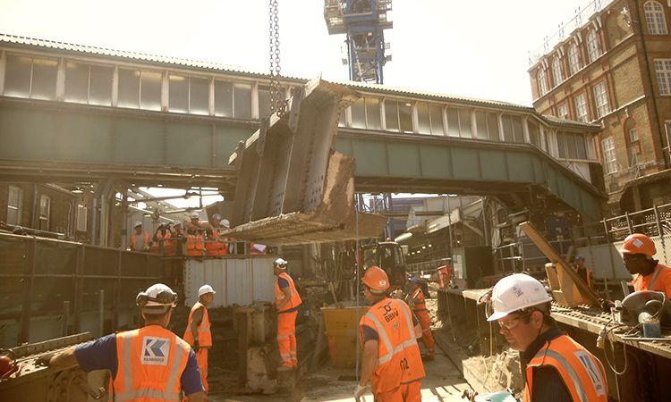 Crossrail C512 Whitechapel structures removal 2