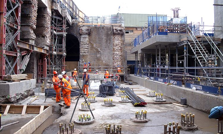 Thameslink Blackfriars Station and rail bridge reconstruction - Construction 2