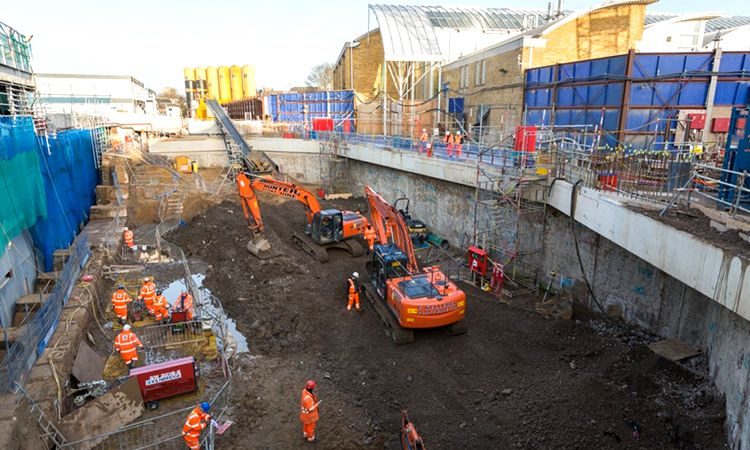 Crossrail C511 Whitechapel access shafts
